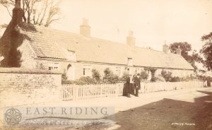 Cottages, Bessingby 1907