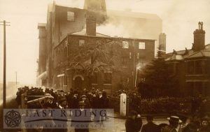 Crathorne's Mill fire, Beverley, 12th January, 1907