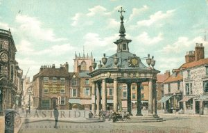 Saturday Market and Market Cross from south east, Beverley 1904