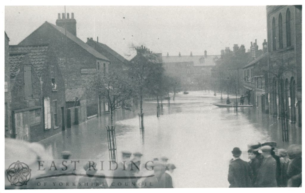 Floods – Bridge Street, Driffield 20th May 1910