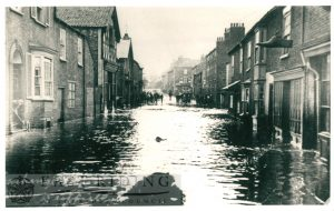 Floods – York Road, Driffield 20th May 1910