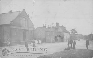 Forester's Hall and Packhorse Inn from south west, Hutton Cranswick 1905