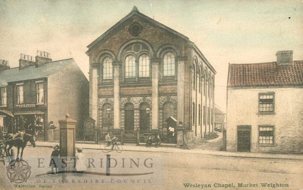 Market Place and Wesleyan Chapel from north west, Market Weighton 1905