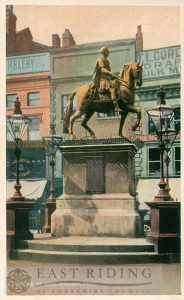 King William statue, Market Place, Hull 1910