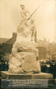 South African war memorial, Hull 1904