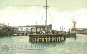 Victoria Pier, with ferry steamer, Hull 1900s